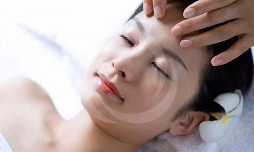 Zoom cận cảnh quy trình điều trị sẹo lõm, sẹo rỗ an toàn 3