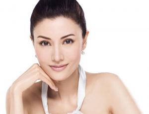Lời khuyên của các chuyên gia khi điều trị sẹo thâm mụn