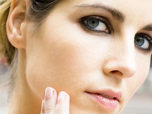 Tại sao bạn nên đi trị sẹo lõm sớm? 1