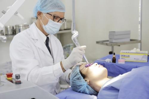 Dịch vụ trị sẹo mụn Bio Plus tại thẩm mỹ viện Đông Á