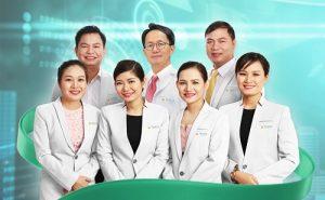 Chuyên gia, bác sĩ trực tiếp thực hiện trị sẹo tại TMV Đông Á