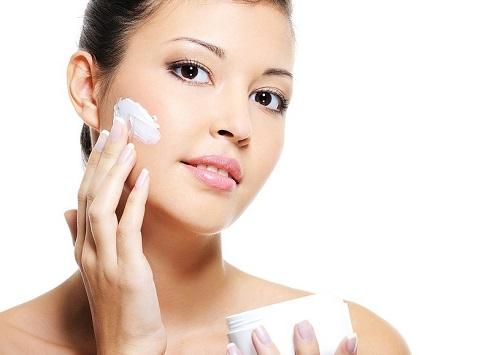 cách trị sẹo do thủy đậu gây ra bằng kem trị sẹo